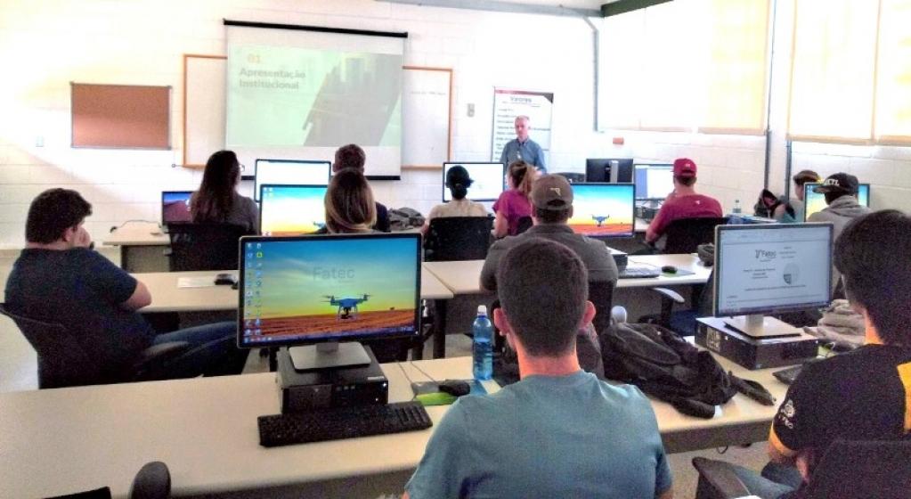 Giro Marília -Inovadora em tecnologia do agronegócio, Fatec Pompeia abre inscrições a dois cursos gratuitos