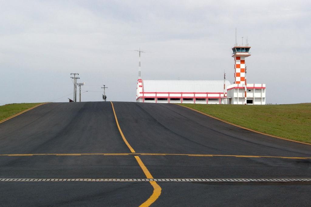 Giro Marília -Aeroporto de São Carlos vira internacional e ganha obras; Marília espera