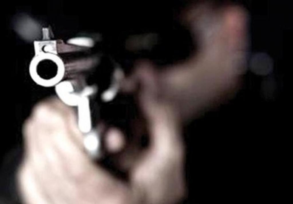 Giro Marília -Dupla armada rende funcionários e assalta loja de açaí na zona sul de Marília