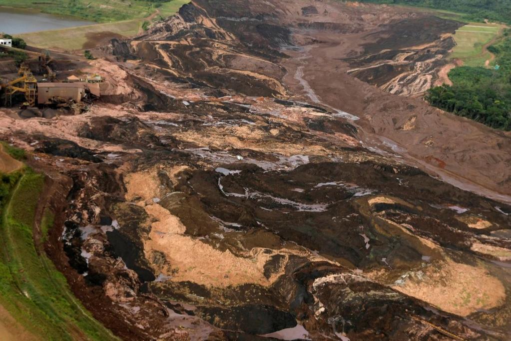 Giro Marília -Vídeo mostra onda de lama na tragédia da Vale; assista