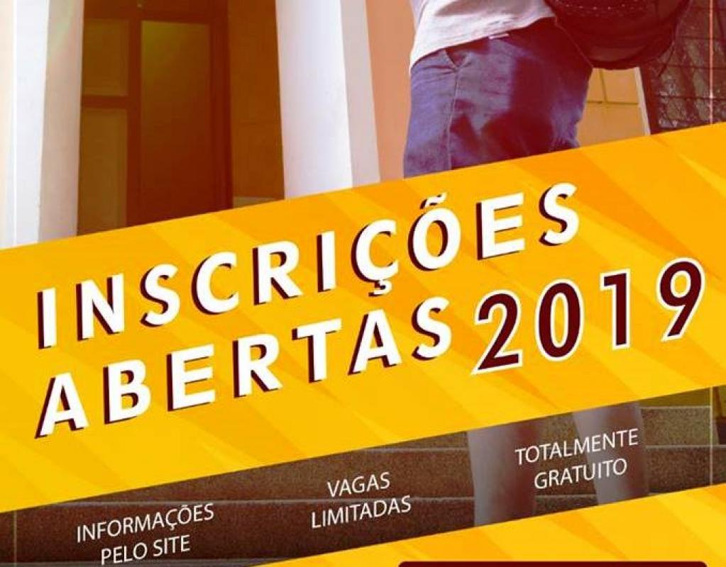 Giro Marília -Escola estadual oferece curso pré-vestibular gratuito em Marília