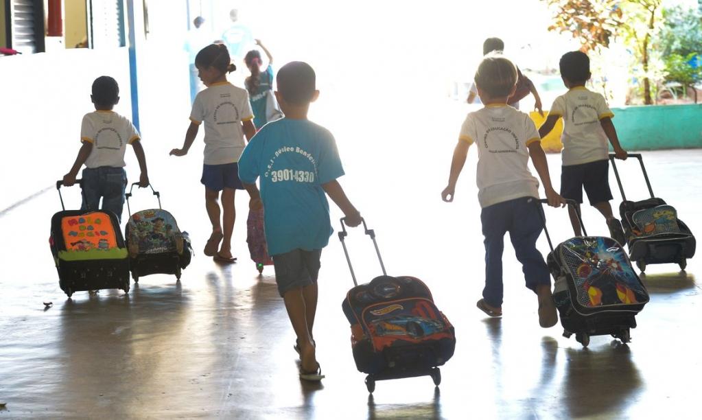 Giro Marília -Escolas privadas projetam 2021 com cuidados, discussão de preços e direitos
