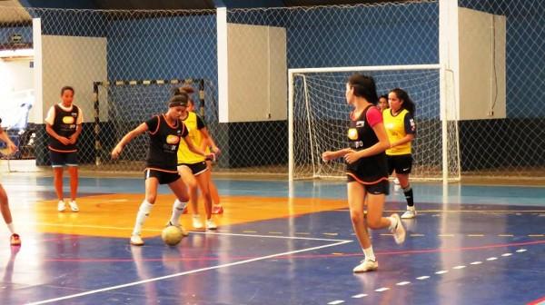 "Giro Marília -Peneirão ""importa"" atletas para futsal feminino de Marília"