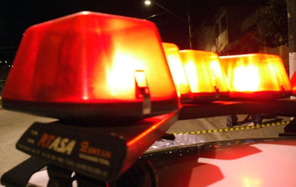 Giro Marília -Carro furtado em Marília é encontrado queimado na rodovia SP-333