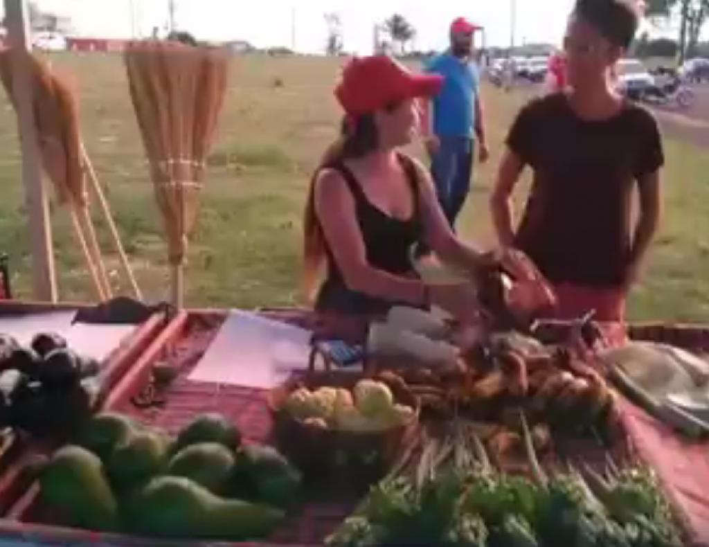 Giro Marília -Horta comunitária marca 'feira popular' de hortifrutis e combate agrotóxicos