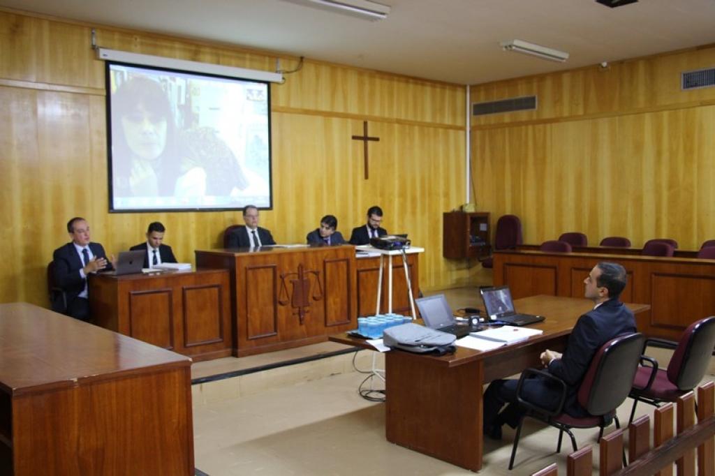 Giro Marília -Unimar faz primeira banca do Doutorado em Direito e mostra alto nível de pesquisa