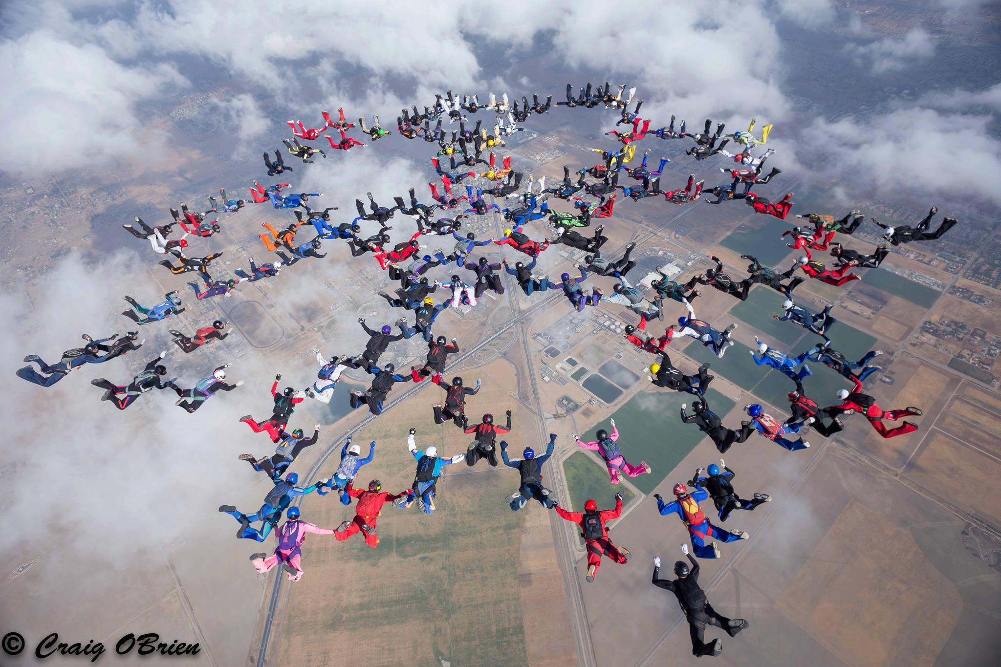 Giro Marília -Cidade pode ter centro de formação e competições em paraquedismo
