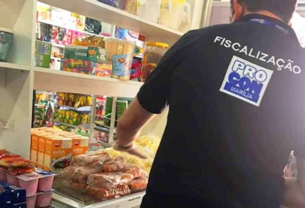 Giro Marília -Procon de Marília flagra produtos vencidos em supermercado e pede denúncias
