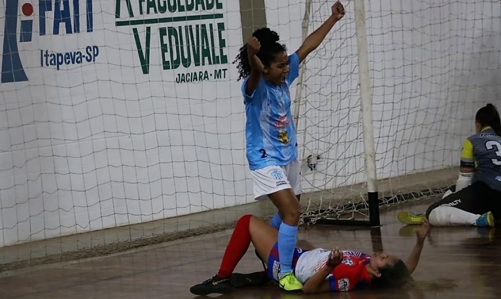 Giro Marília -SELJ/MAC goleia 'rival caseiro' na estreia da Copa Estadual de futsal feminino