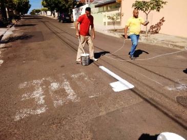 Giro Marília -Sinalização de ruas chega à zona oeste de Marília