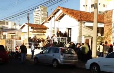 Giro Marília -Vagas para cuidador têm fila e dúvidas; contrato da prefeitura aguarda recursos