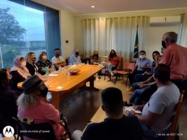Giro Marília -Curso de língua portuguesa orienta imigrantes para inclusão social em Marília