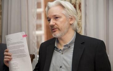 Giro Marília -'Assange é herói da liberdade de expressão', diz Lula em carta