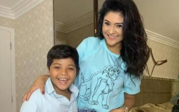 Giro Marília -Mileide Mihaile vibra com a participação do filho Yhudy em seu canal