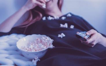 Giro Marília -Filmes e séries podem afetar sua saúde mental: saiba como fazer a melhor escolha
