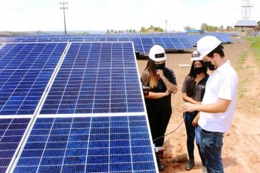 Giro Marília -Usina Fotovoltaica da Universidade de Marília chega a fase final de instalação