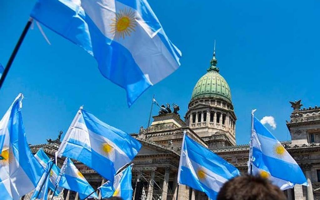 Giro Marília -Congresso da Argentina aprova imposto sobre riquezas para combater pandemia
