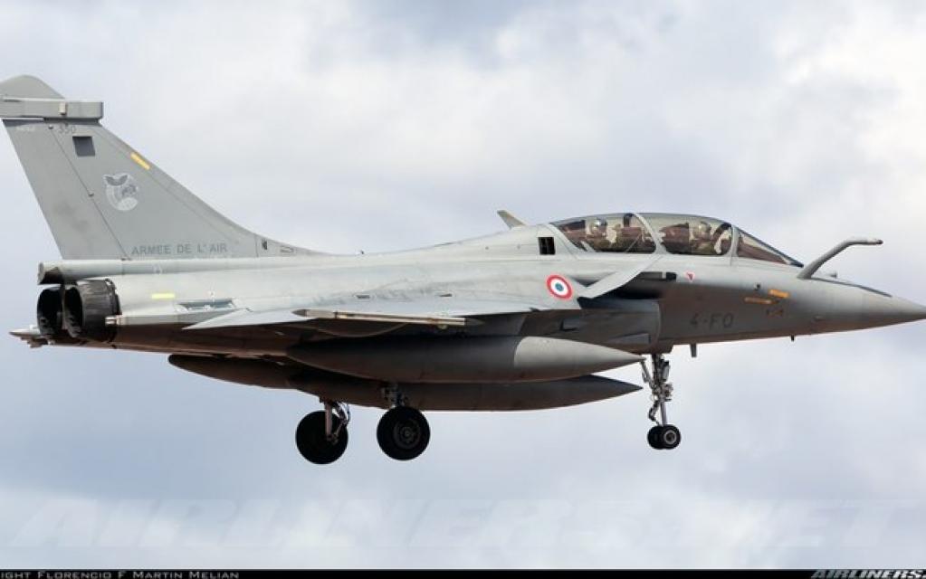 Giro Marília -Força Aérea Grega adquire 18 unidades do caça Rafale