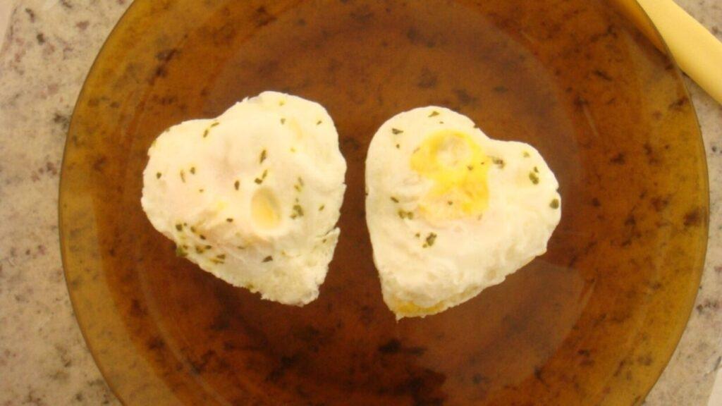 Giro Marília -Você sabia que tem como fazer ovo frito no micro-ondas? Aprenda a fazer e não se queime mais com óleo!