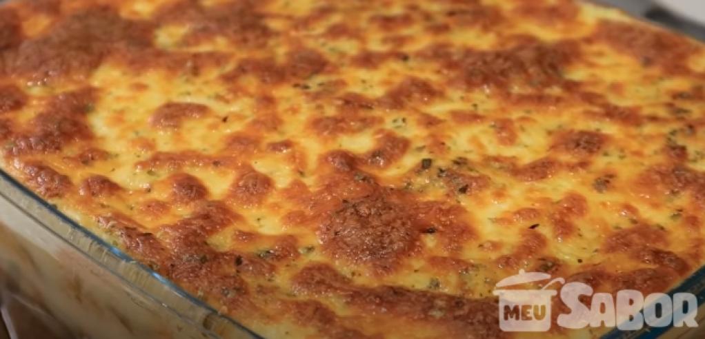 Giro Marília -Pra mim esse é um dos melhores pratos brasileiros! Escondidinho de frango Cremoso! Vamos fazer?