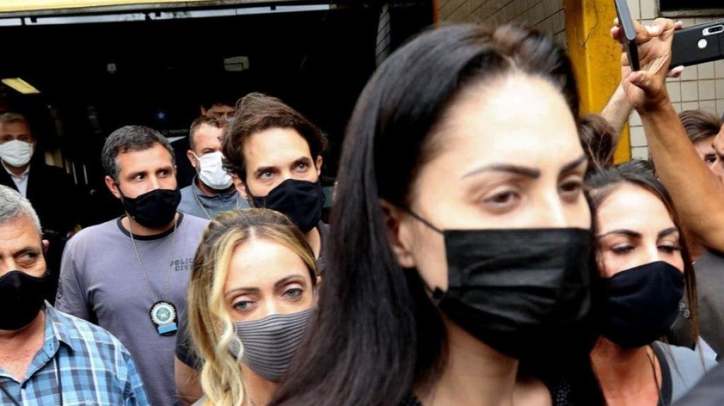 Giro Marília -Caso Henry: Monique mentiu sobre ir a cabeleireiro após enterro, diz polícia