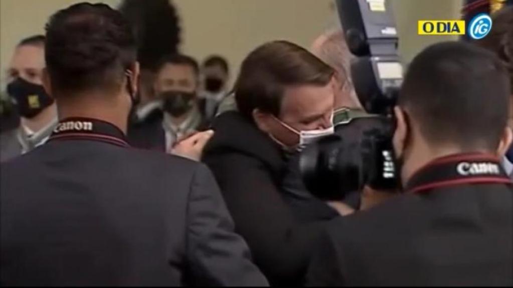 Giro Marília -Após o abraço: relembre 5 vezes em que Aras esteve alinhado com Bolsonaro