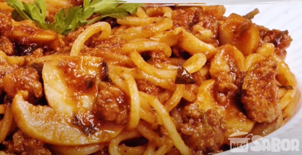 Giro Marília -Espaguete integral com carne e cenoura! Um baita almoço com poucas calorias!