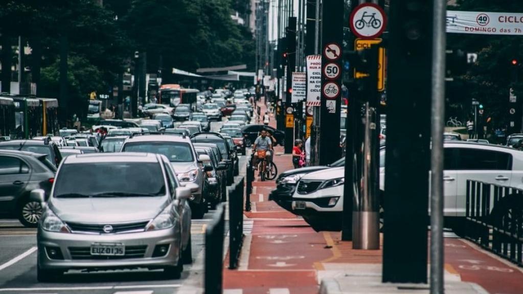 Giro Marília -Maio é mês de licenciar veículos com placas terminadas em 2