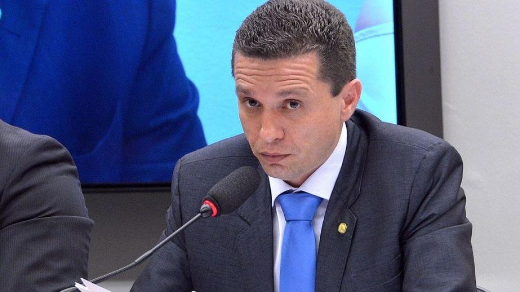 """Giro Marília -Deputado acusa Bolsonaro de ter """"grave doença mental"""" após fala contra China"""