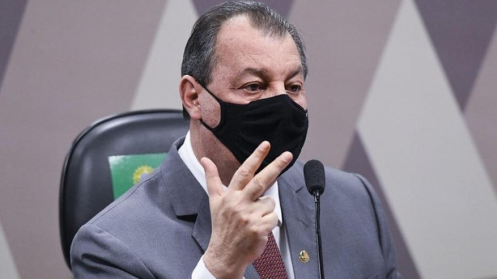 CPI da Covid: Omar Aziz chama a atenção por ironias durante sessões; relembre - Notícias sobre giro cidades - Giro Marília Notícias