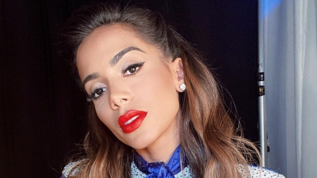"""Giro Marília -Sucesso: Anitta entra para o Top 40 das rádios nos EUA com """"Girl From Rio"""""""