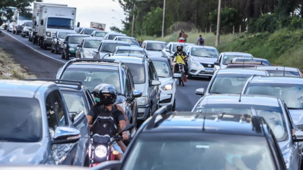 Giro Marília -SP vai ganhar 1,5 mil km renovados em 140 estradas neste ano