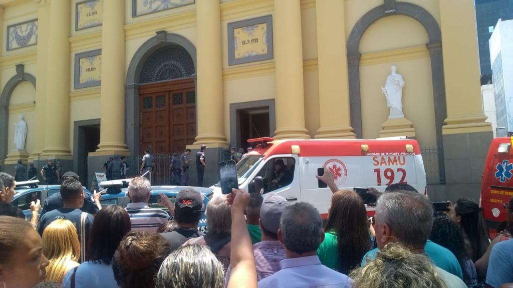 Giro Marília -Tiroteio em catedral de Campinas deixa cinco mortos