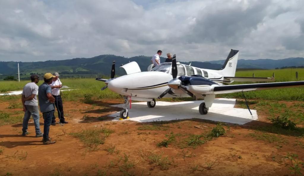 Giro Marília -Voo de Marília inaugura aeródromo no interior de Minas