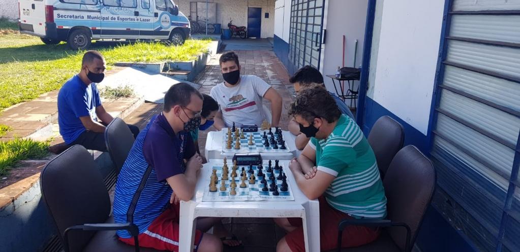 Giro Marília -Marília terá cinco participantes em competição estadual de xadrez